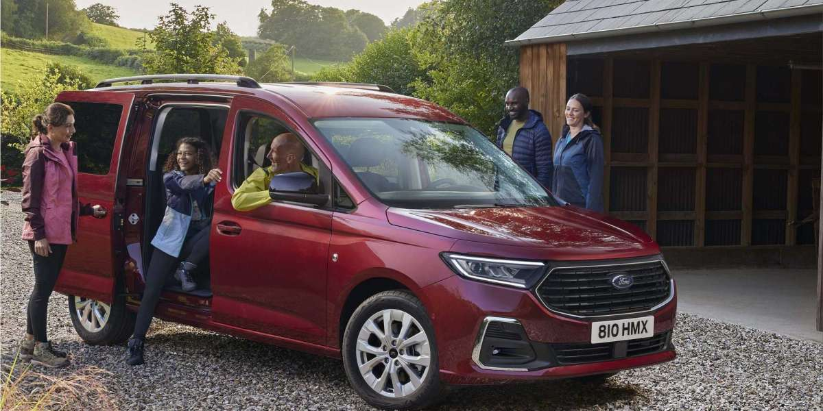Ford unveiled the 2022 Tourneo Connect